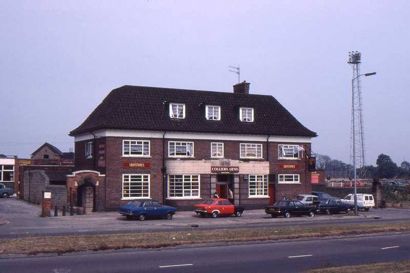 coliers arms cinderhill.jpg