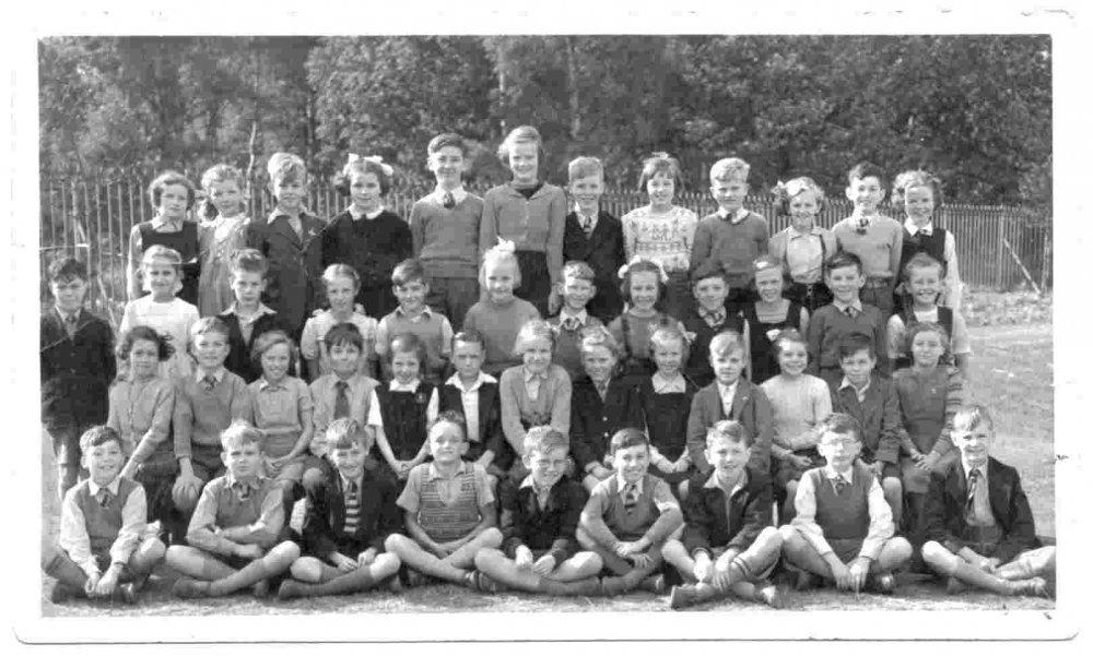 Firbeck School 1952 miniscule.jpg