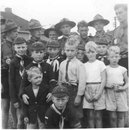 56 St Marys Clifton cubs abt 1957.jpg
